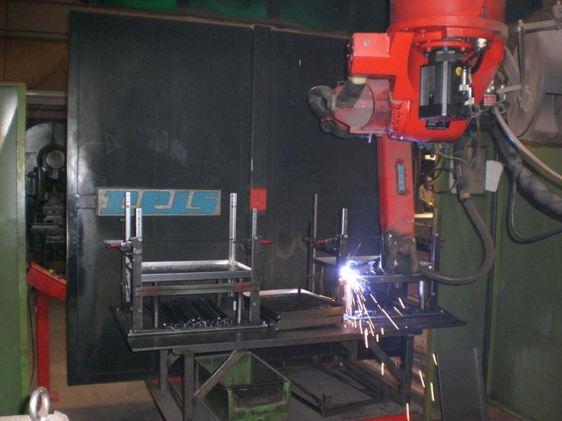 Rohrverarbeitung und Drahtverarbeitung bei Weininger Metall System