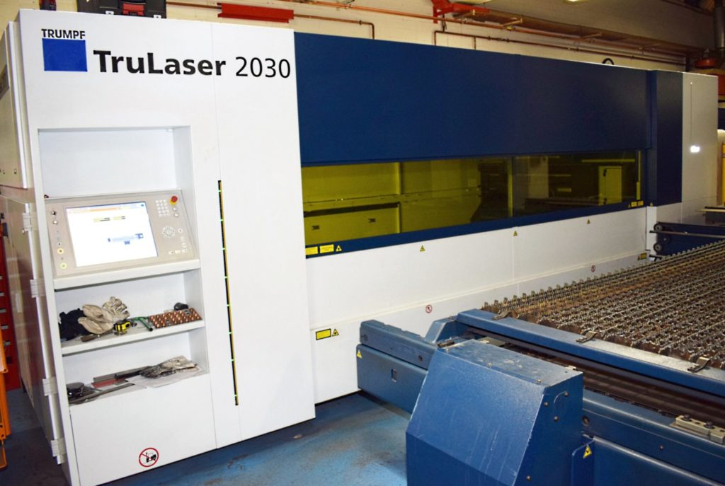 Laserscheidemaschine zur Blechverarbeitung